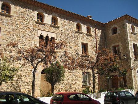 Sede del Ayuntamiento de Adzeneta