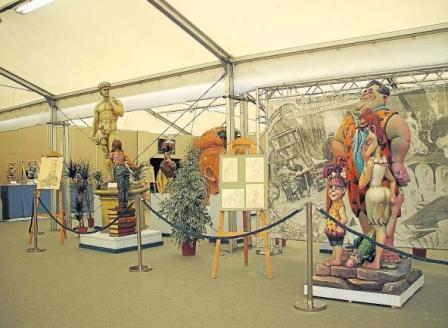 Exposición del ninot 2008, en Valencia