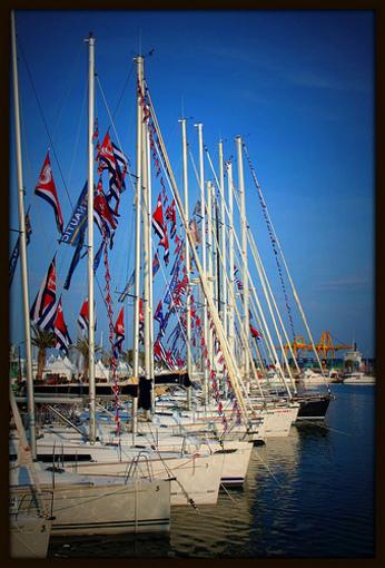 Embarcaciones en el Puerto de Valencia
