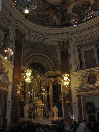 Interior de la basílica de la Mare de Déu dels Desemparats