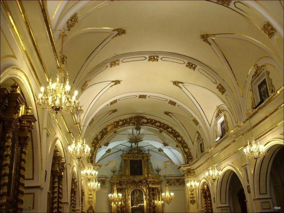 Recorrido por el Interior de la Ermita de Santa Lucia