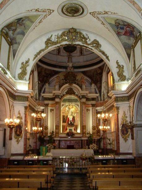 Altar de EL monasterio de San Miguel en Liria