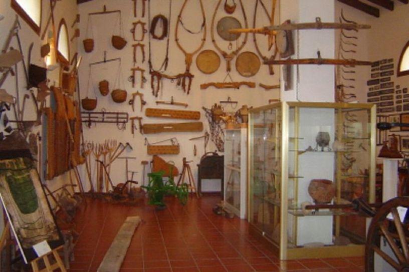 Sala interior de el Museo Etnológico de Benaguasil