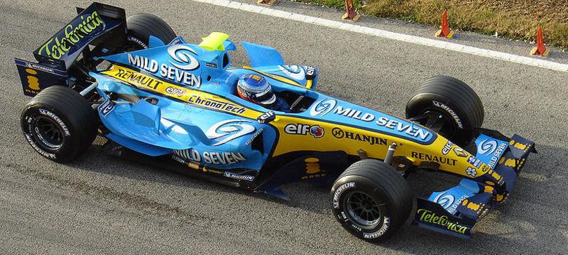 Pilotos en plena accion en el Circuito de Cheste: Heikki Kovalainen