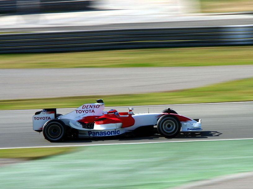 Equipo Toyota en el Circuito de Cheste