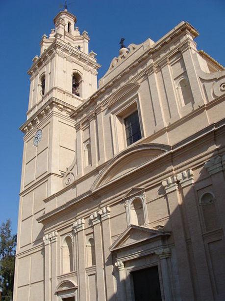 Vista de la  Iglesia  parroquial de Alcudia de Carlet