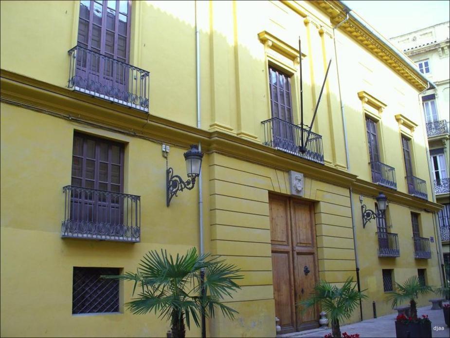 Fachada de el Palacio de la Real Maestranza de Valencia