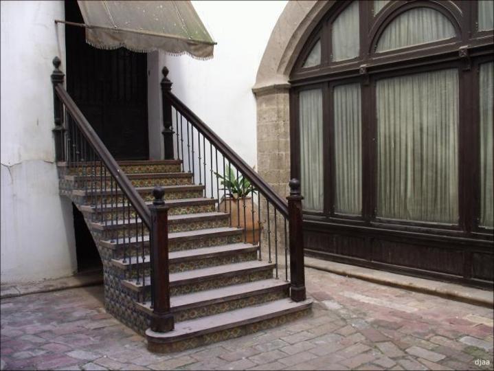 Escalinatas de el Palacio de los Condes de Oliva