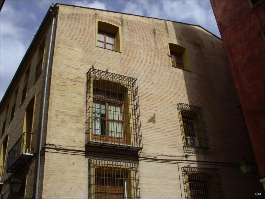 Fatxada del Palau dels Tamarit