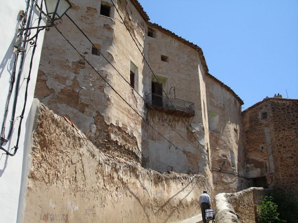 Fachada de el  Palacio Vizcondal de Chelva