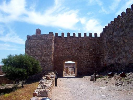 Acceso a las murallas de Sagunto