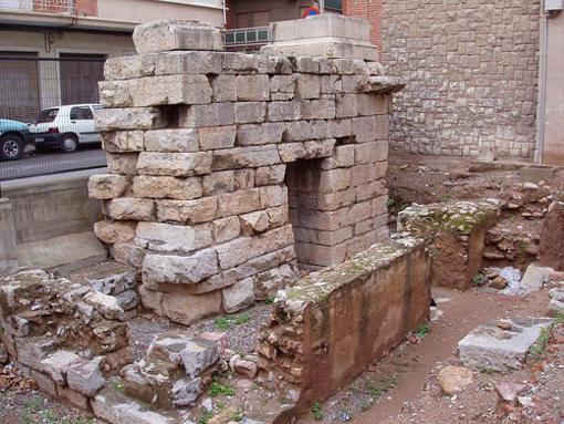 Restos de paredes romanas en Sagunto