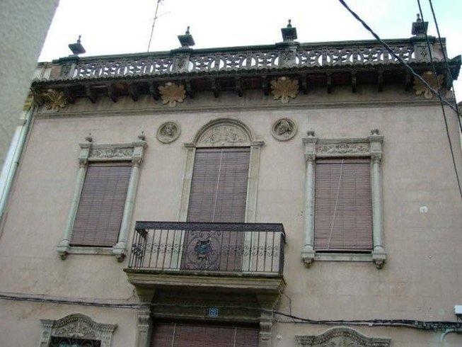 Vistas de una de las casas pertenecientes al patrimonio historico de Alfara del Patriarca
