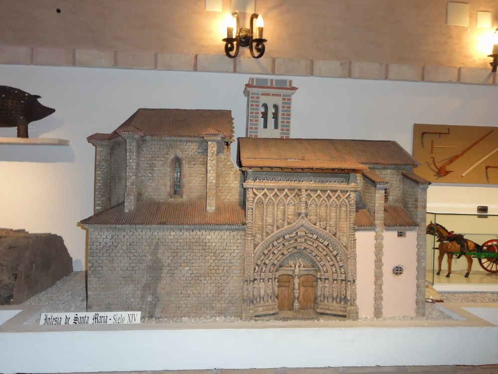 Maqueta de la Parroquial de Requena