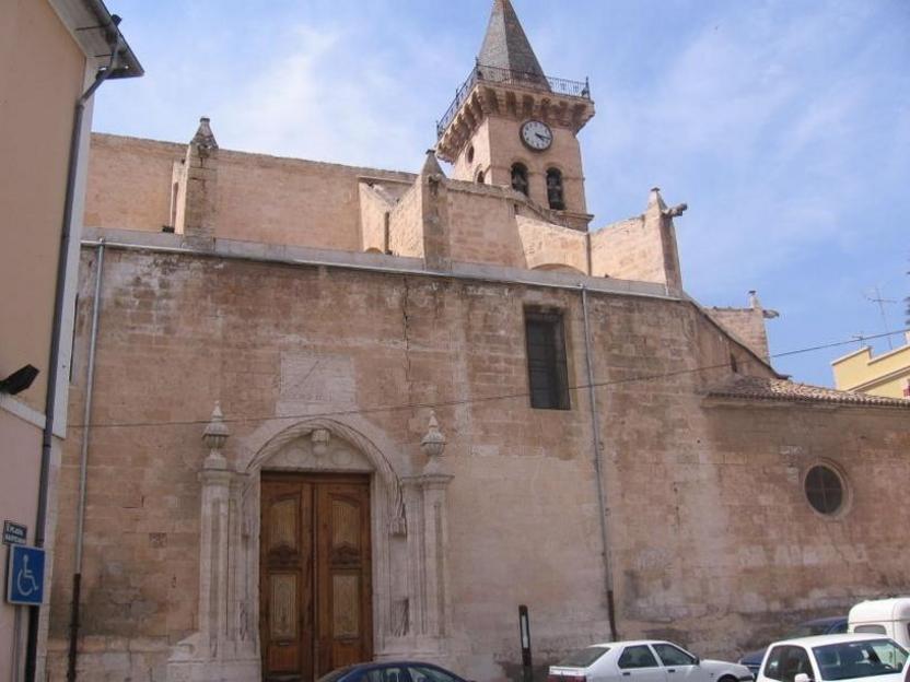 Iglesia Arciprestal de Santiago villena