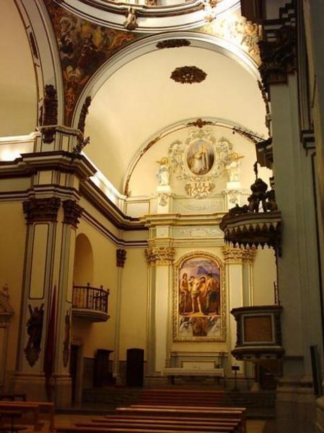Interior de la Iglesia de San Juan Bautista