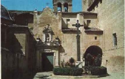 Alacuás (en valenciano y oficialmente, Alaquàs)