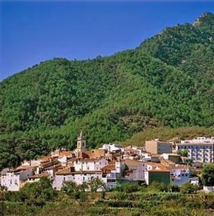 Ahín (oficialmente y en valenciano, Aín)