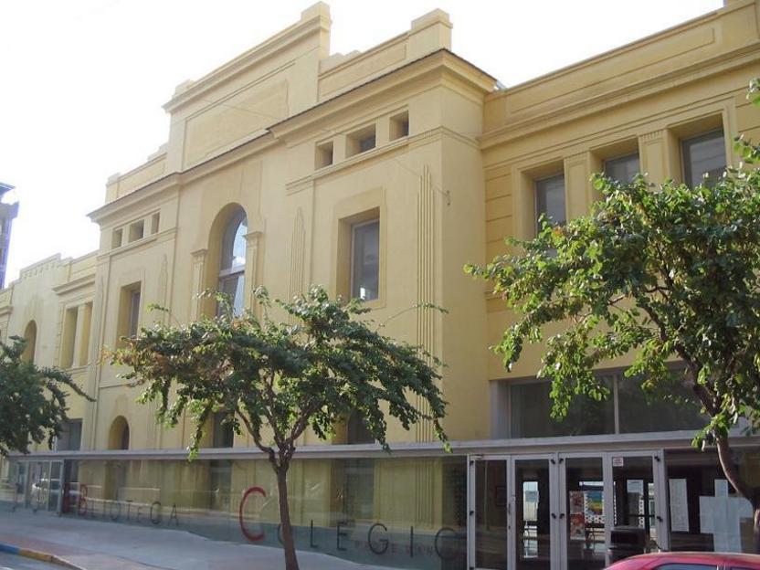 El colegio Padre Manjón, antigua sede de la FICIA Elda