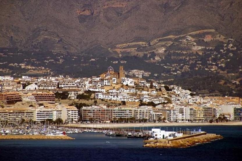 Vista de Altea desde el puerto