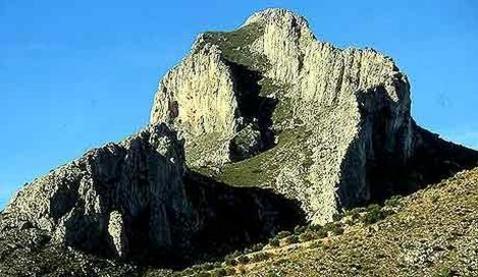 Benicadell, atalaya de la Vall d'Albaida