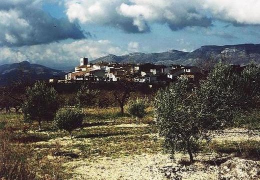 Cuatretondeta (en valenciano, Quatretondeta)