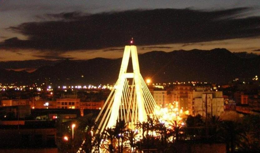 El puente de la Generalitat, al sur de la ciudad de Elche