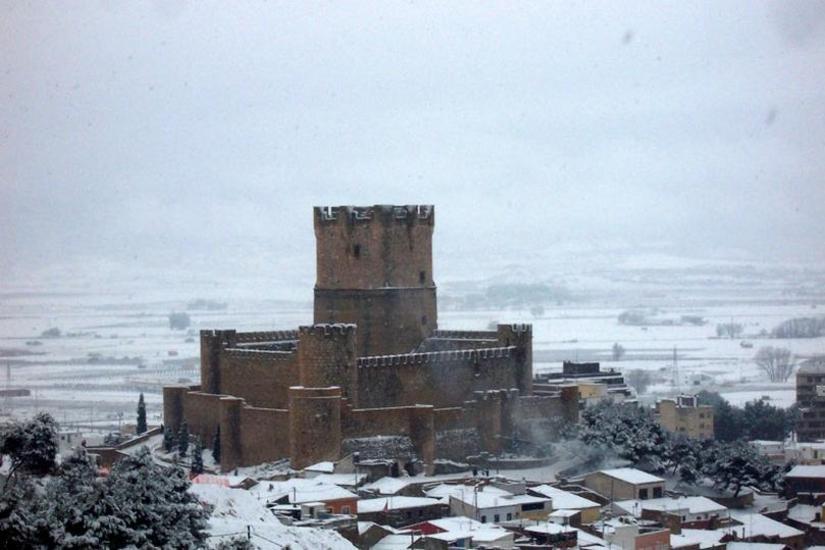 Castillo-Atalaya de Villena Nevado
