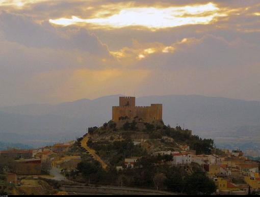 Vista panorámica del Castillo de Petrel