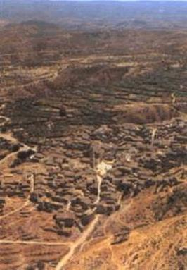 Zarra situado en la comarca del Valle de Ayora-Cofrentes.