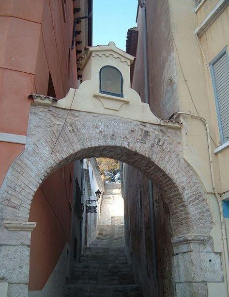 Entrada al Centre històric de Villena
