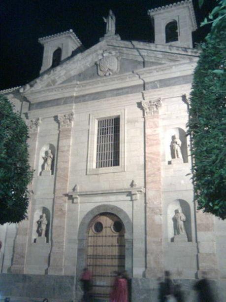 Fachada del Real Monasterio de las Religiosas Salesas en Orihuela