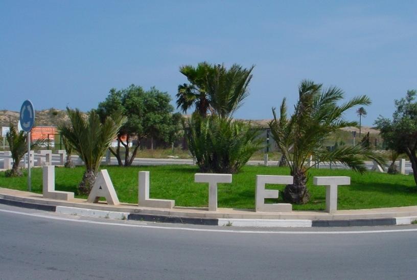 Cartel de la Entrada a la Playa del Altet