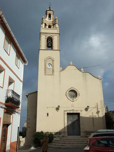 Fachada de la Iglesia Santa Ana en Elda