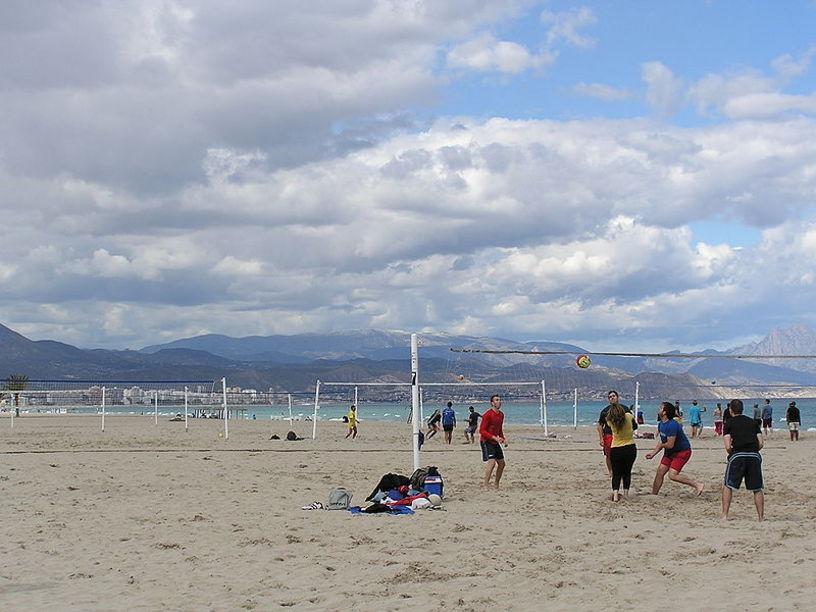 Beach voley en las Playas de San Juan