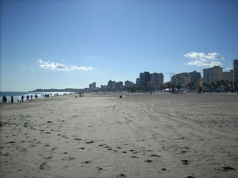 Accesos a la Playa de San Juan en Alicante