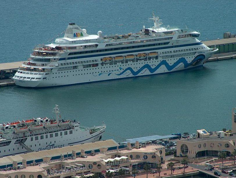 Barcos en el Puerto de Alicante