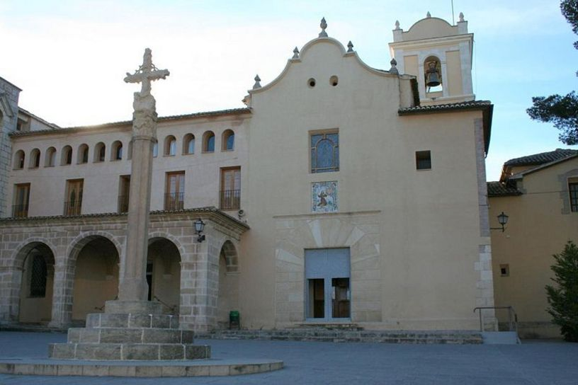Fachada del Convento de los Franciscanos en Concentaina
