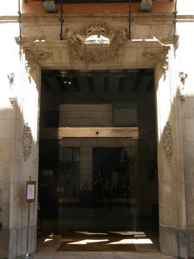 Entrada al Palacio Tudemir