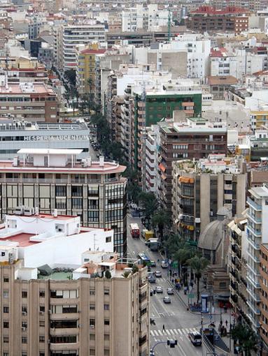 Alicante y su avenida Alfonso el Sabio