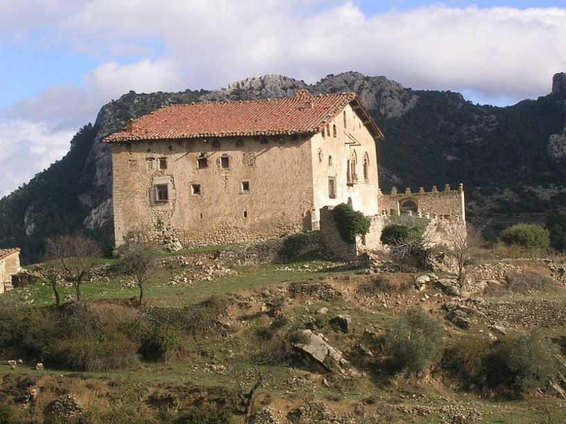 Vista general del Castillo d'Herbés