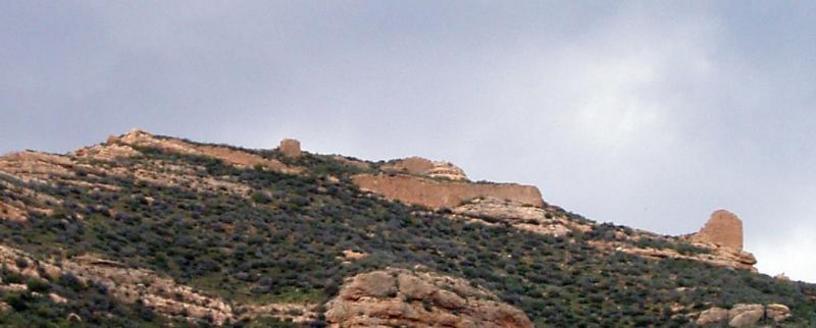 Vista de los restos del Castillo de Olocau