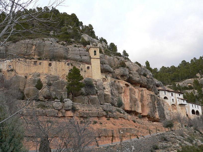 Santuario de la Virgen de la Balma en Zorita del Maestrazgo