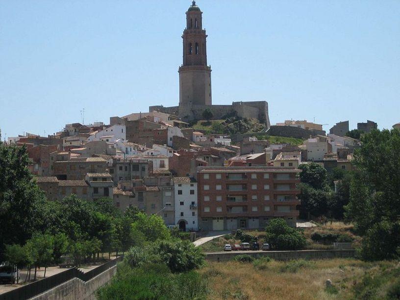 Vista de la ciudad de Jerica y la Torre mudejar