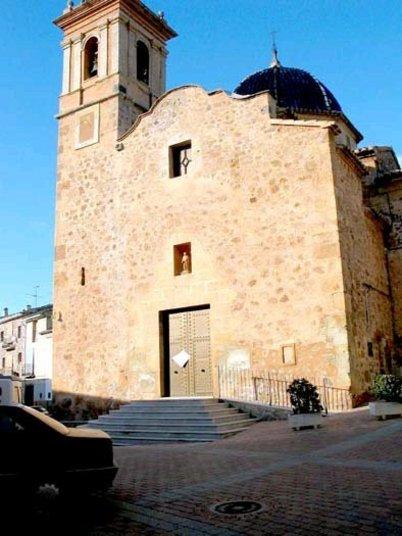 Iglesia San Mateo en Azuébar