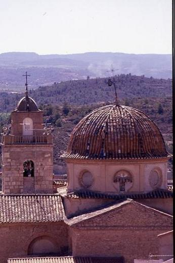 Torre y Cúpula de la Iglesia de Teresa de Cofrentes