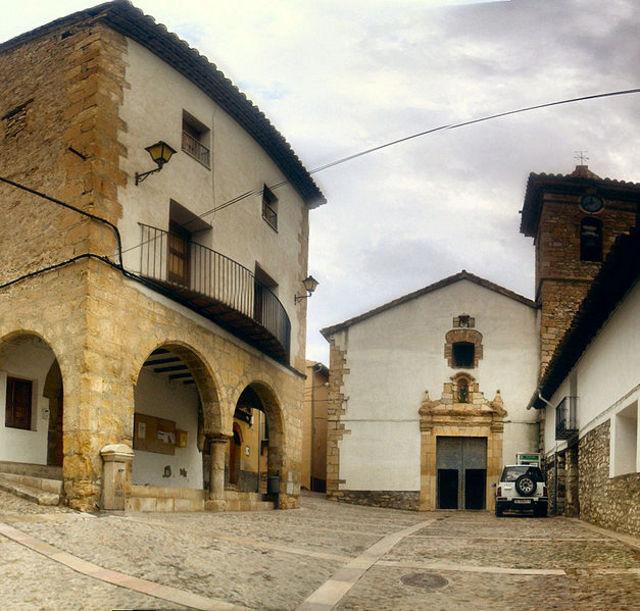 Iglesia de Villores