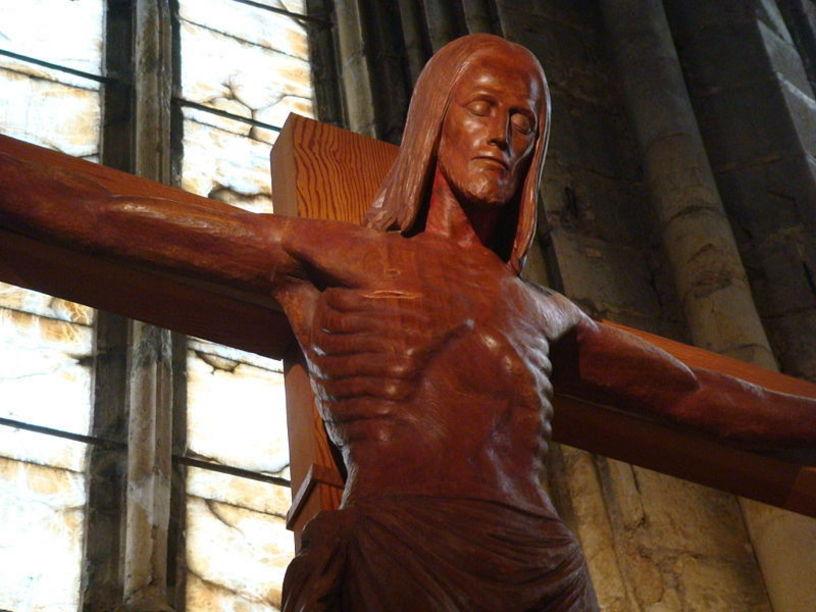 Imatge de Crist tallada en fusta en el monestir de Santa Maria, Pobla  de Benifasar