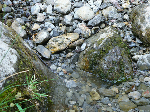 Aguas de el rio Palancia en su nacimiento en la Sierra de El Toro