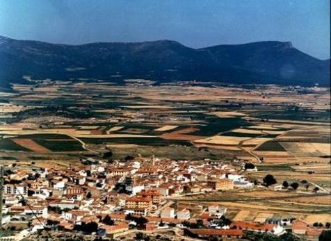 Sinarcas es un municipio perteneciente a la comarca de Requena-Utiel.